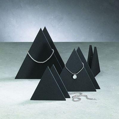 Collierpyramiden Set aus Zellkautschuk